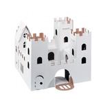 Burg aus recycletem Karton