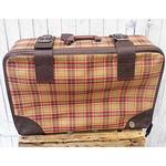 alter Vintage Koffer kariert