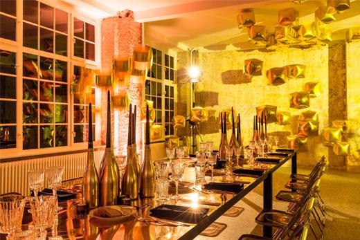 Dekoration für Party mit dem Motto GOLD