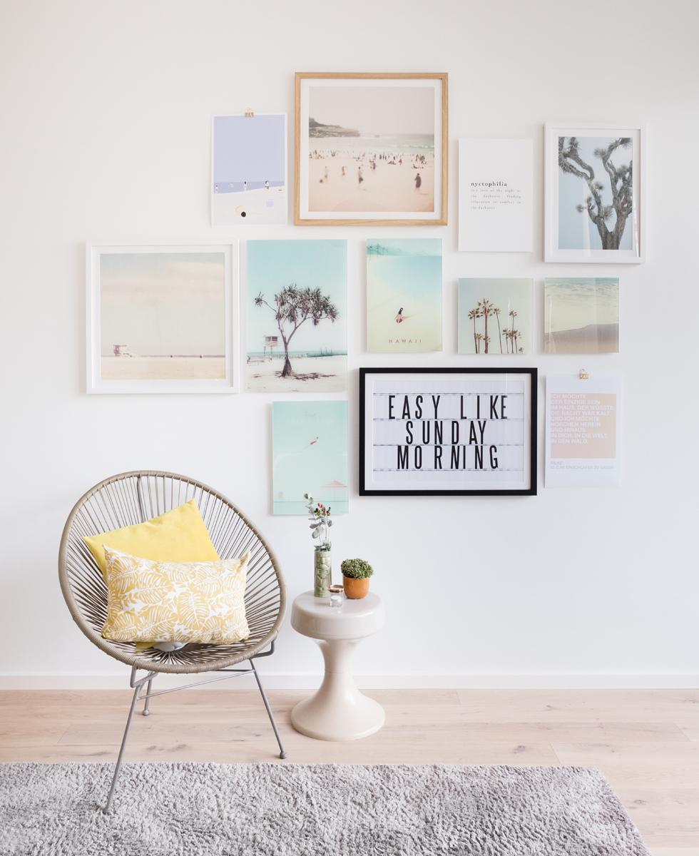 dream on die neue bilderwand im schlafzimmer the. Black Bedroom Furniture Sets. Home Design Ideas
