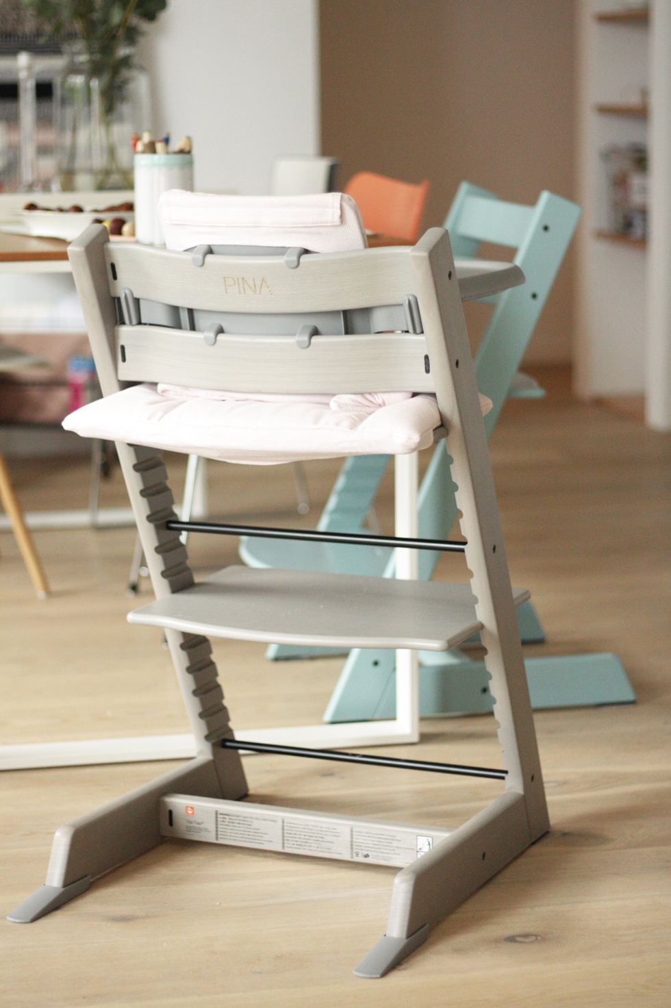 Stokke Tripp Trapp Oak Collection Kinderstuhl in Eiche Grau