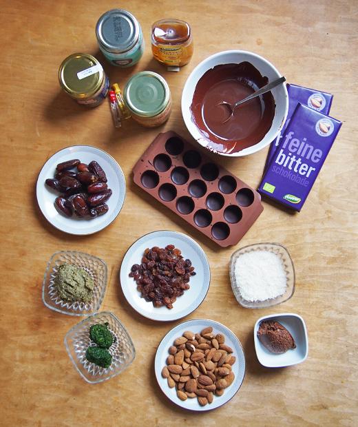 Rezept für Pralinen selber machen mit Füllung aus Marzipan mit Spinat