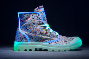 Sneaker mit Neon Effekt von palladium