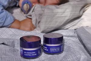 Im Gewinnspiel Energizing Sleeping Nachtcreme von Lavera gewinnen