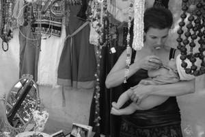 Bloggerin und Mama Maja von Schwartzenberg mit Tipps und Tricks zum Thema Reisen mit Kind, Kind Nummer Zwei und Erziehung