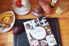 Das Mama Kochbuch von Foodbloggerin Hannah Schmitz mit Rezepten für Schwangerschaft, Wochenbett, die ersten Monate und Kochen mit Kind, baby, essen,