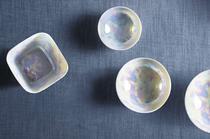 Porzellan und Geschirr GLANZLICHTER von Kahla mit Perlutt Oberfläche, Glanz, schimmer, schüssel, teller, platte