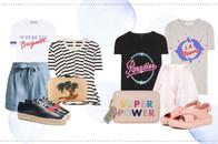Modetrend im Sommer - T-shirt mit Druck, Shorts, Slipper und Clutch