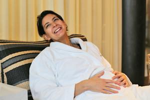 Wellness für Schwangere - Was darf ich und worauf sollte ich verzichten, Tipps, Sauna, Massagen