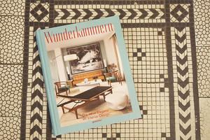 Inneneinrichtung, Interior, Wohnen, Opulenz, Buch Wunderkammern von gestalten mit Porträts bekannter Innenarchitekten und Wohnungen