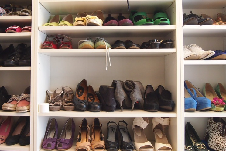 Schuhschrank von Thea Neubauer, Schuhtrends und neue Schuhkollektion