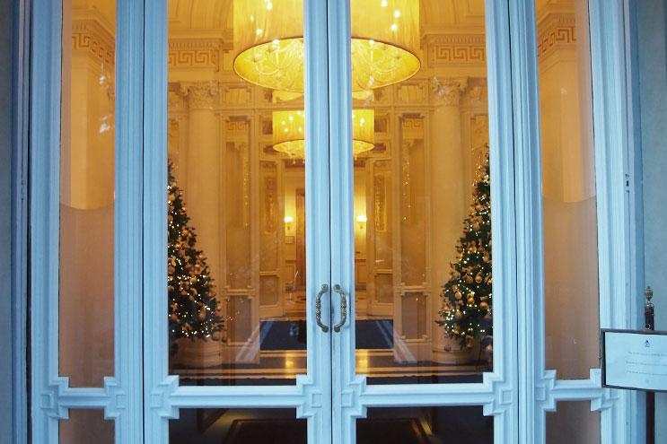 Hoteleingang Villa Cora Florenz, Foyer