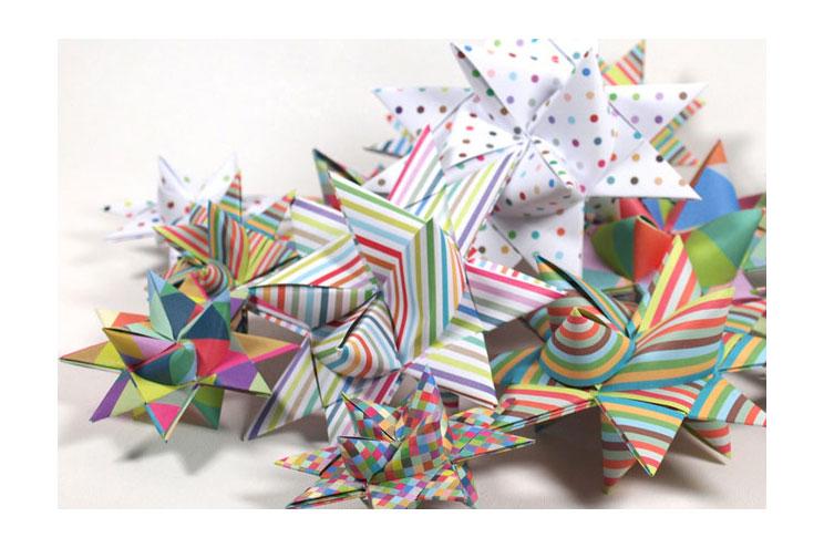 Bunte Fröbelsterne aus Papier von Die lustige Grille über DaWanda selbermachen, DIY, Weihnachtsschmuck basteln