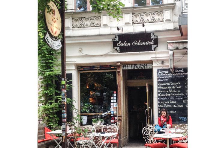 cafe salon schmück in berlin kreuzberg