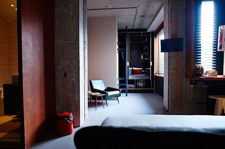 Retro-Elemente mit Designklassikern im Volkshotel