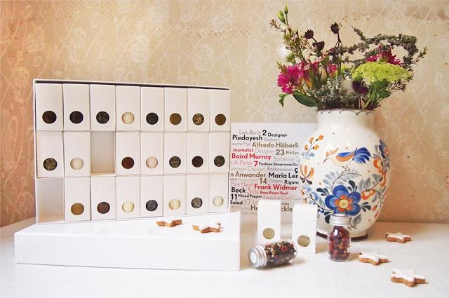 Adventskalender 2014 von Susanne Kaufmann mit Rezepten, Gewürzen, Tee und Beauty Produkten aus dem Spa online bestellen