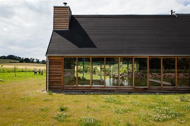 Das schwarze Haus, Ferienhaus in der Uckermark Brandenburg mieten, Design, Architektur