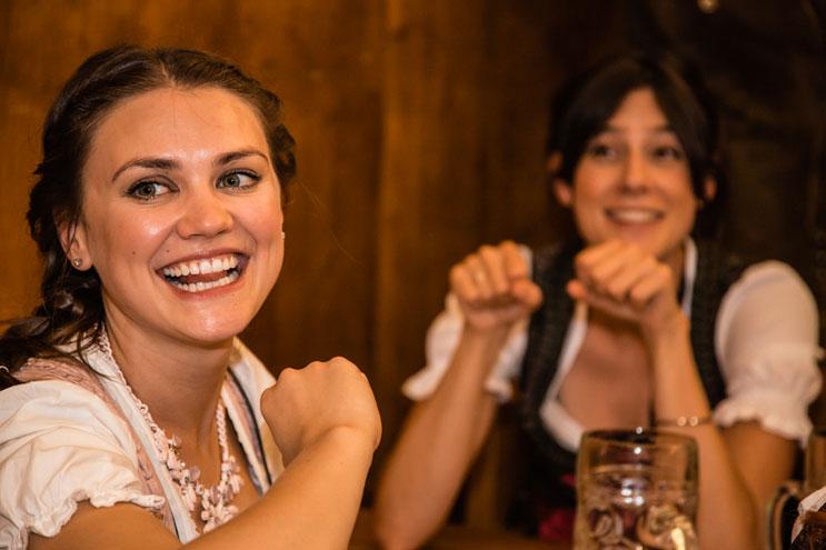 A mords Gaudi - Spaß beim Feiern auf dem Oktoberfest