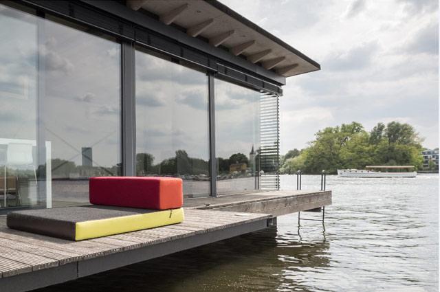 Hausboot in Berlin Friedrichshain als Ferienhaus zu vermieten über Welcome Beyond, Rummelburger Bucht