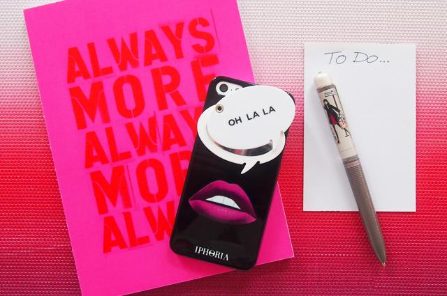 Iphone Case, Schutzhülle von Iphoria mit Oh La La Spiegel, online bestellen