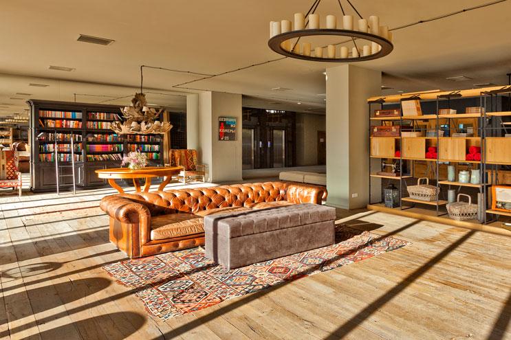 Design und Gemütlichkeit im Rooms Kazbegi Hotel