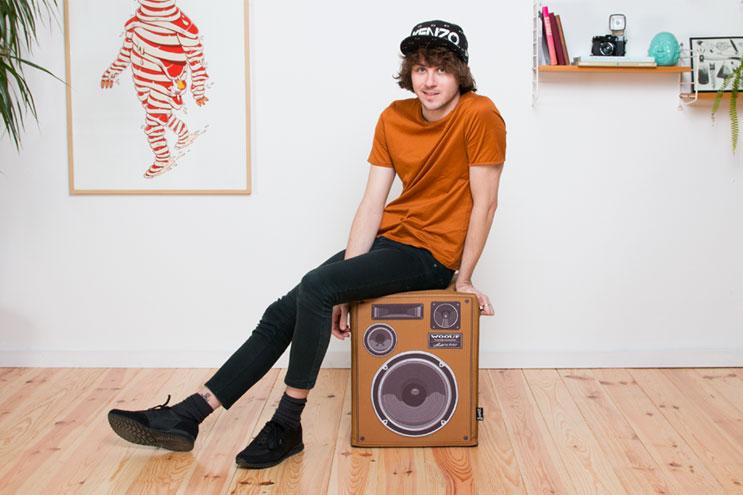 Lautsprecher-Sitzkissen aus braunem lader von Woouf