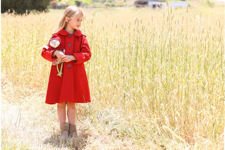 Wintermantel für Kinder in Rot von Little Goodall, Rotkäppchen Style, online besetllen, Kindermantel