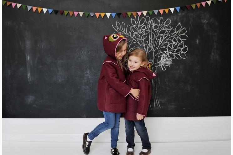 Kindermantel aus Filz für Mädchen mit Eulen-Design und Tier-Motiv aus Filz in Bordeaux, Kostüm, Wintermantel