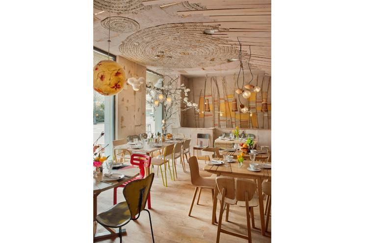 Inneneinrichtung, Design und Architektur im Restaurant Mama Campo in Madrid