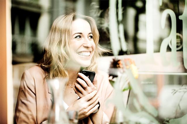 Interview mit Mary-Ellen Rudloff, Gründerin SALUT Communication, unterstützt Blogger mit Experten Workshops und Coachings