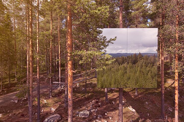 Mirror Cube im Wald von Lulea