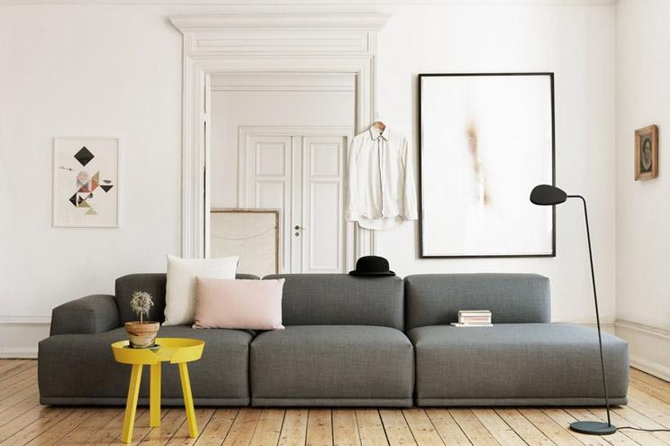 Sofa von Muuto in Grau, skandinavische Möbel und Design