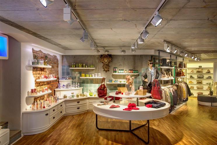 Boutique und Shop für Premiumlabels und Designermode im Pier 14 auf Usedom
