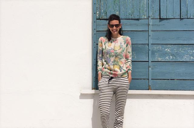 Sommer Styling - Baumwollpullover mit Zitronen Print von mint&berry, outfit, blogger styling, sommertrend, trendfarbe gelb