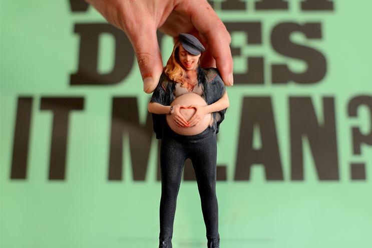 Twinkind Figur Schwangere mit babybauch