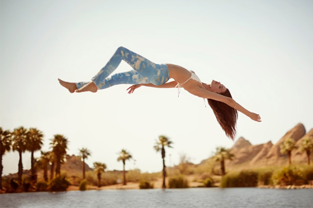Gewinnspiel - Denim Spa Jeans von Wrangler mit Wolken Print gewinnen, Sunny Sky