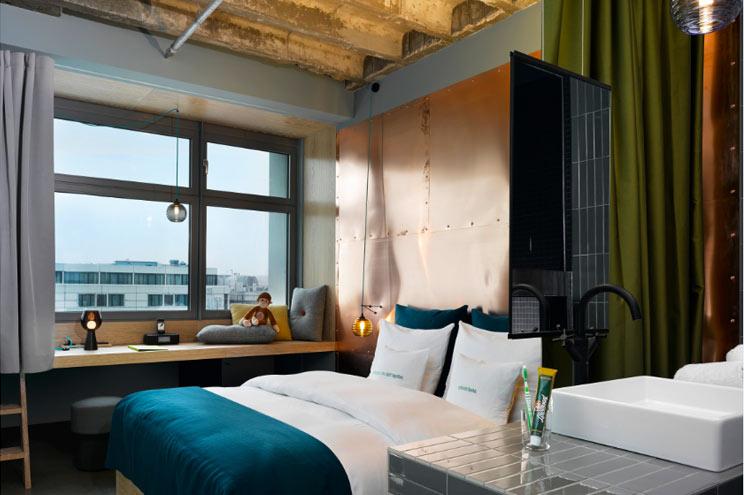 Zimmer Urban M3 im 25hours Hotel Bikini Berlin, Doppelzimmer, Innenarchitekt Werner Aisslinger